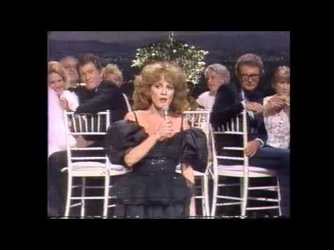 Madeline Kahn singing to Burt Reynolds