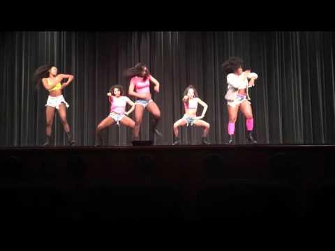 Royal Dance Movement: Nicki Minaj