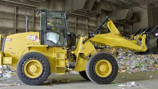 Cat® 914 and 920 Waste Handlers | Features and Benefits