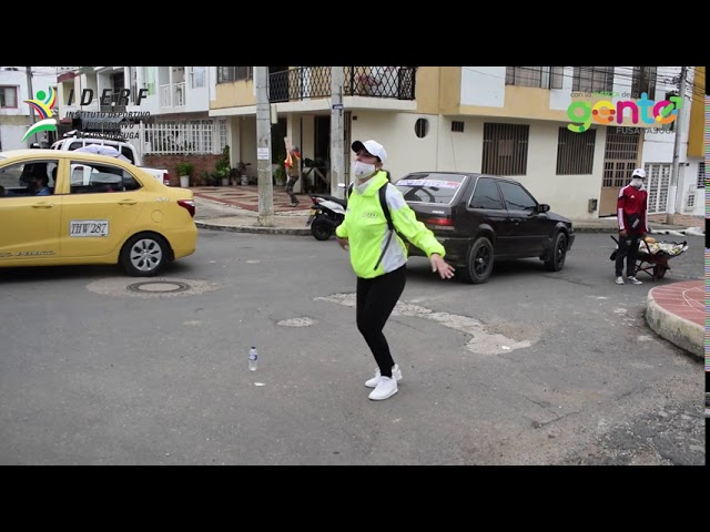 Caravana de la actividad fìsica, barrio El Comboy 18 de mayo de 2020