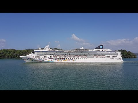 Panama Canal - MS Norwegian Star Cruising