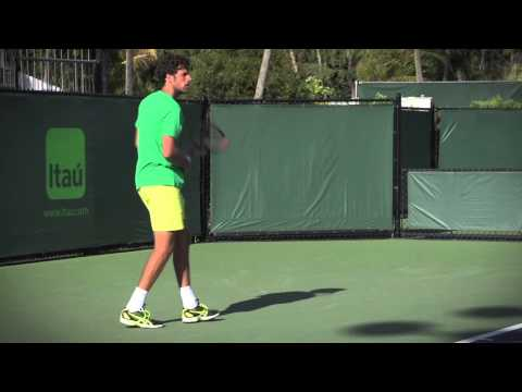 HEAD TOUR TV Interview: Robin Haase about HEAD Sportswear