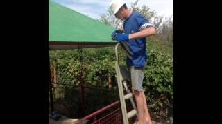 видео Как покрыть беседку крышу ондулином профнастилом мягкой кровлей