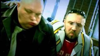 Leningrad — Guboshlep / Ленинград — Губошлёп(2006 год Реж. Сергей Шнуров http://www.sosimc.ru Новое видео на песню «Губошлёп» было снято в ещё более рекордные..., 2010-10-20T11:48:59.000Z)
