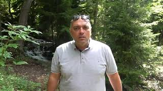 Смешной анекдот от Гарика Училка забыла застегнуть блузку