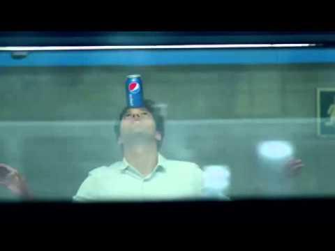 Роналдо пьют пэпси