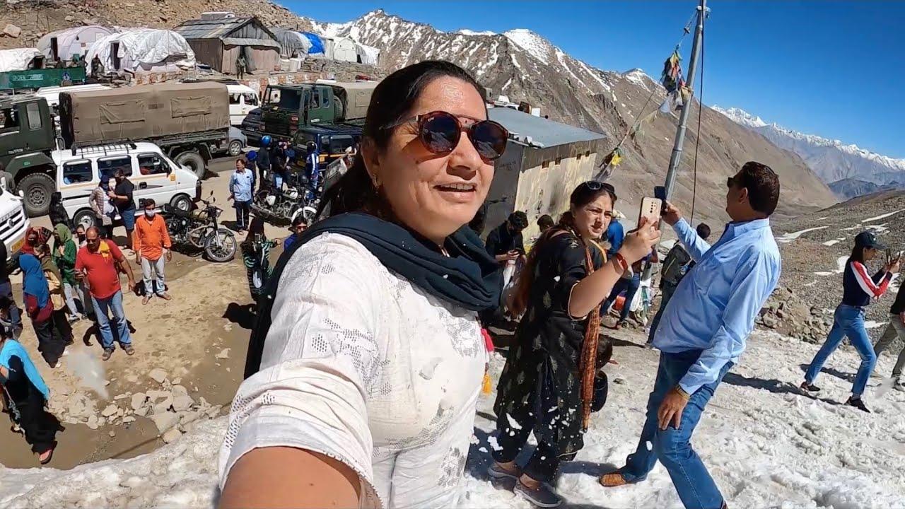 Manali Mein Ek Aunty Gum Hogayi || Leh Ladakh