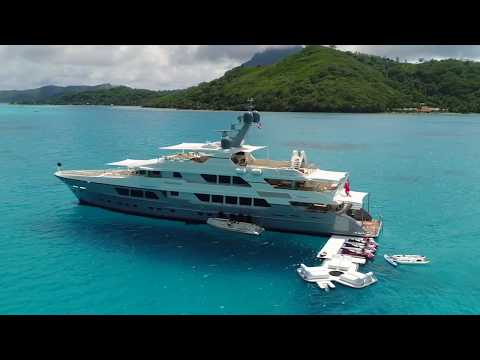 An ENDLESS SUMMER on board a superyacht holiday