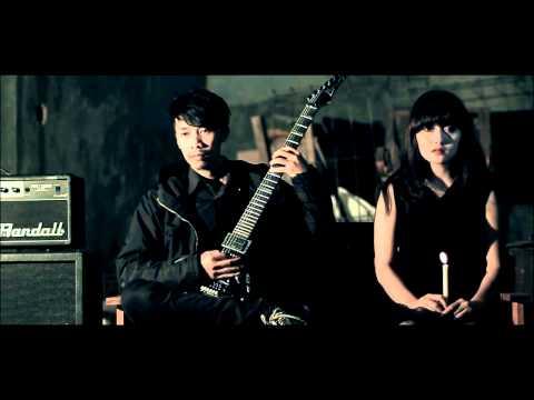 Auticed - Senja Berkarat ( Official Music Video )