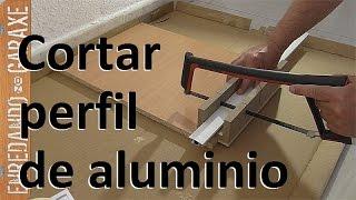 Cómo cortar perfiles de aluminio de una mosquitera de corredera