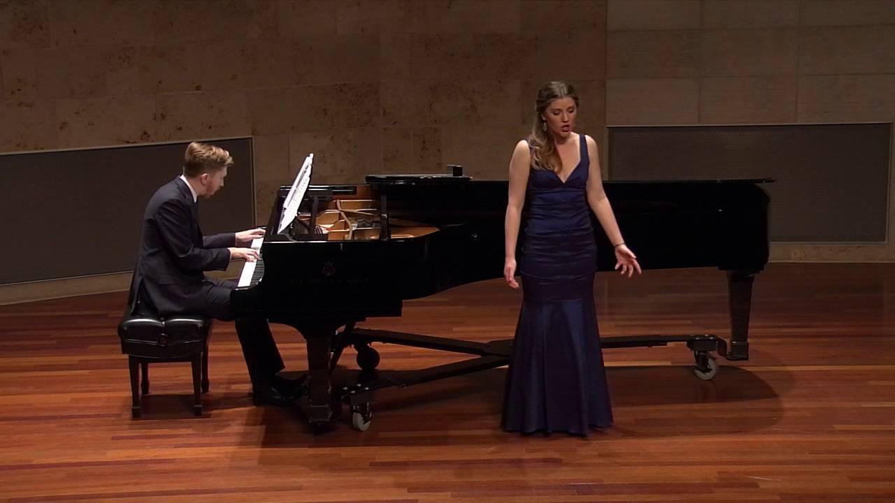 """""""La Bonne Chanson"""" by Gabriel Fauré sung by Erin O'Meally"""
