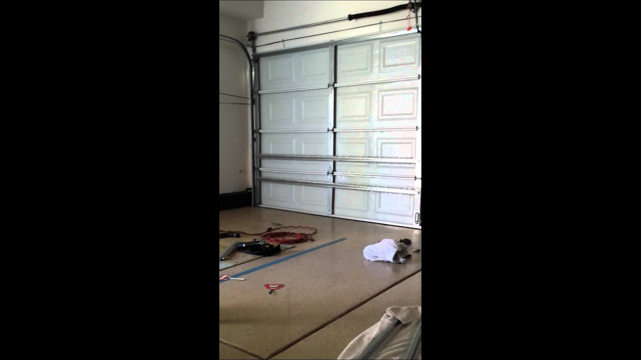 Garage door fix diy youtube for Top garage vitrolles