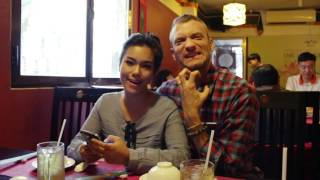 "Sean Trace Video Blog ""Vegetarian Lunch with Thao, Kim, Tin and Vy"""