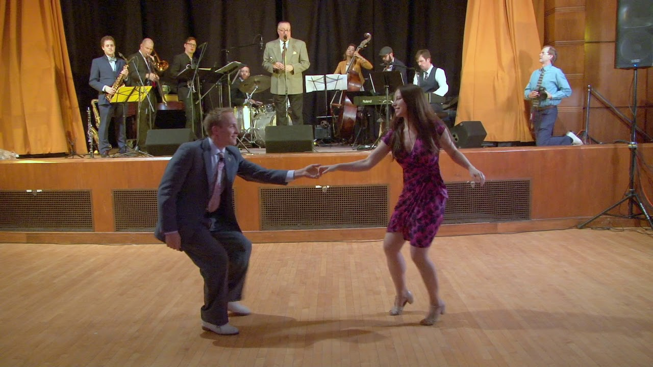 Uptown Swing Dance Hop To The Beat