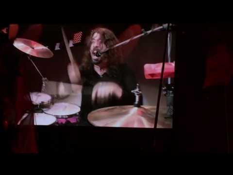 Foo Fighters - Under Pressure (Glastonbury 2017)