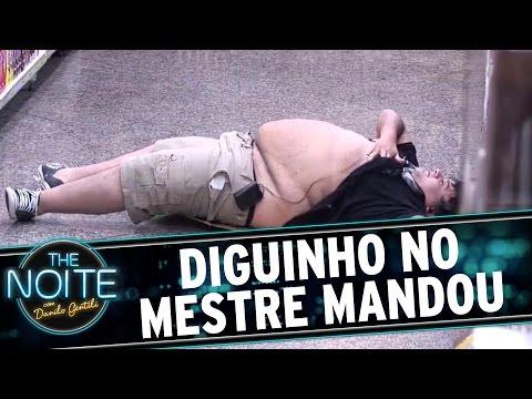 The Noite (02/11/15) - Mestre Mandou No Supermercado