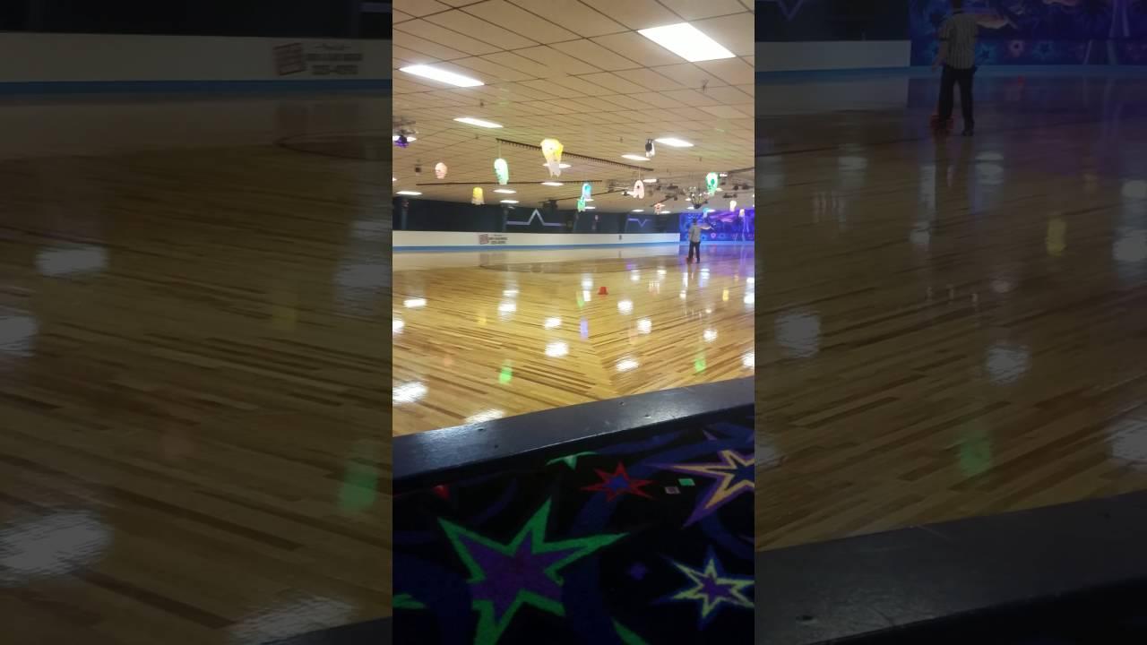 Roller skates las vegas - Crystal Palace In Las Vegas Roller Skating 1