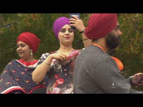 Over 500 Aucklanders try on a turban to sample Sikh culture