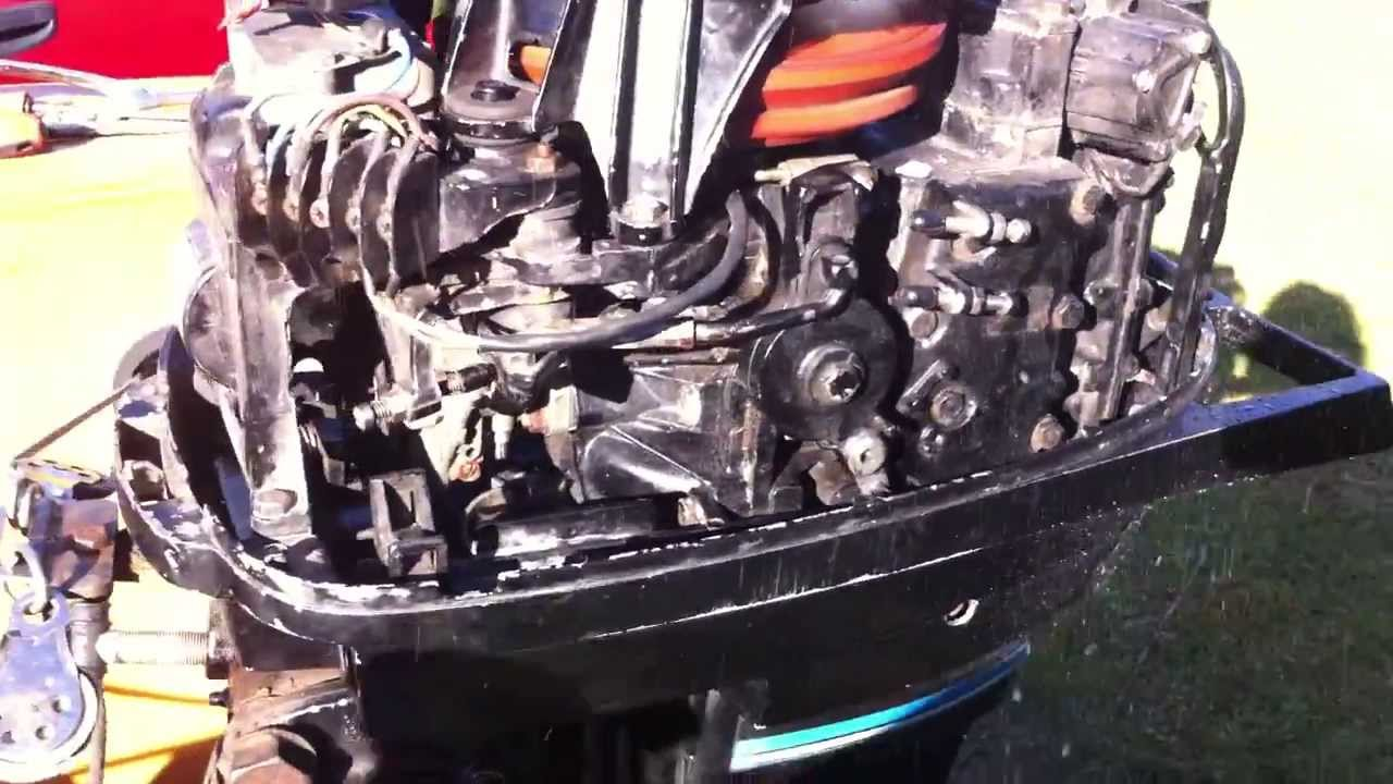 Mercury 402 40 Hp Running