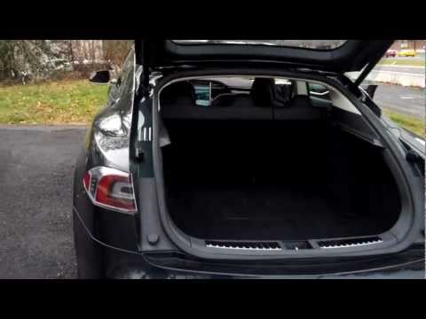 Good Look At The Tesla Model S 300 Miles/charge