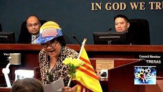 Bà Bùi Kim Thành phát biểu tiếng Việt giữa nghị trường Mỹ