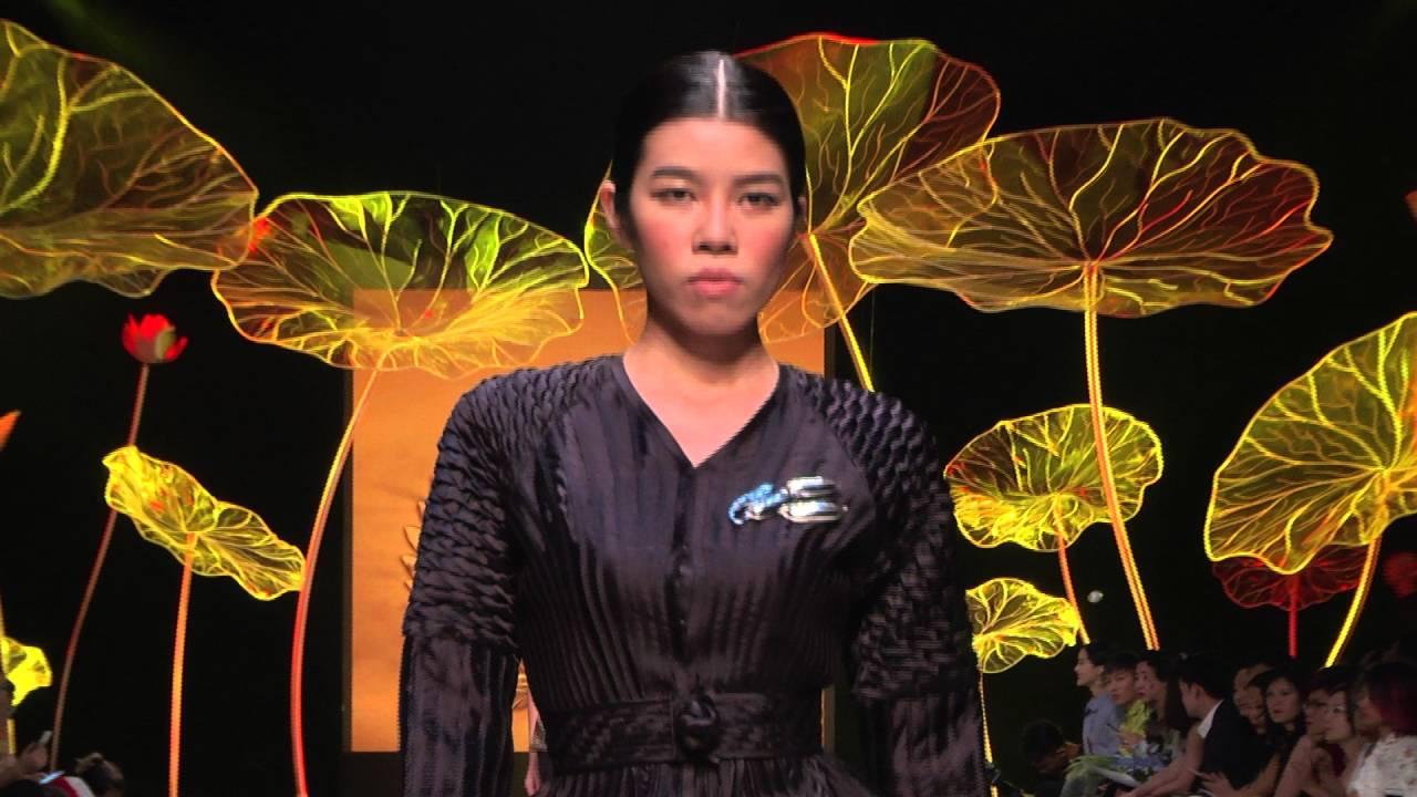 NGUYEN CONG TRI   VIETNAM INTERNATIONAL FASHION WEEK SPRING SUMMER 2016   Tổng hợp những thông tin nói về tuần lễ thời trang quốc tế việt nam 2016 mới cập nhật