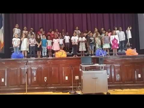 Harbor View School 1st Grade Spectacular 2017