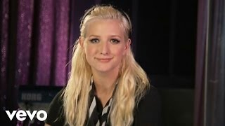 Ashlee Simpson - Boyfriend (AOL Sessions)