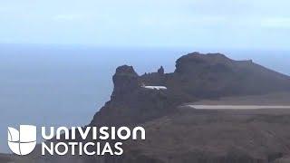 El momento en que el primer avión comercial aterriza en la remota isla de Saint Helena