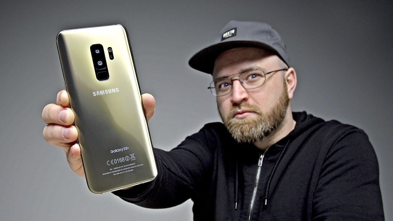 Unboxing The Samsung Galaxy S9 Clone. Unbox Therapy