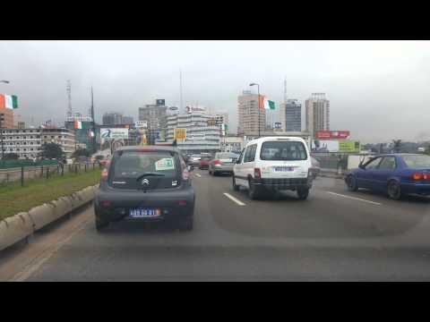 Abidjan : 30 juillet 2014, la capitale économique ivoirienne aux couleurs nationales.