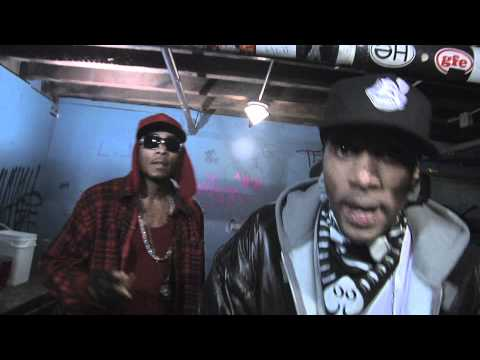 Layzie Bone Feat. Krayzie Bone & Flesh - Hear Em Knockin