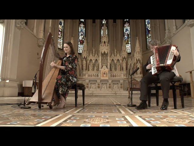 Síle Denvir and Róisín Blunnie 'The Air Tune'