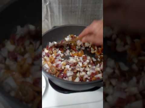 隔水蒸臘腸糯米飯 ( 一 )