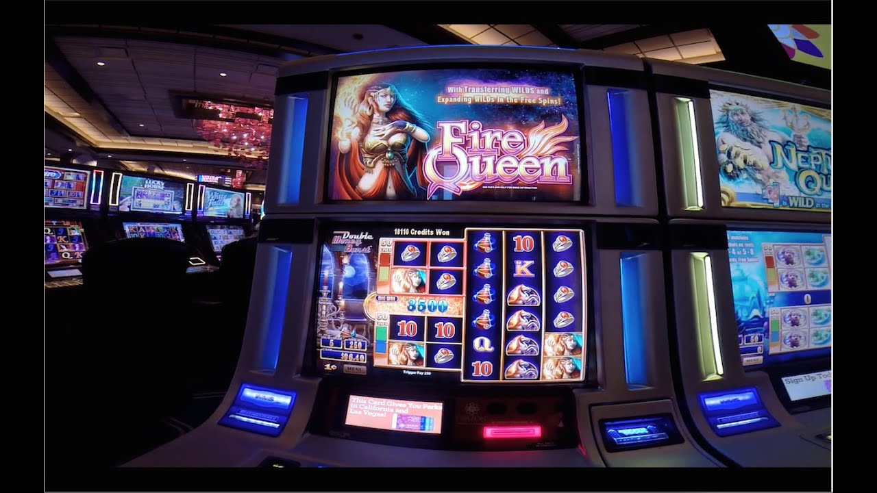 Queens of Ice and Fire Slot Machine