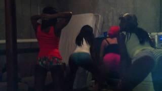 Bend It Ova Lil Wayne