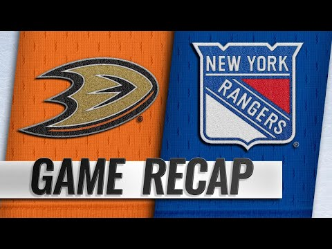 Hayes' late SHG lifts Rangers by Ducks, 3-1