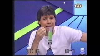 Marcelo Tinelli recuerda los10 años de Videomatch con un video, año 2000.