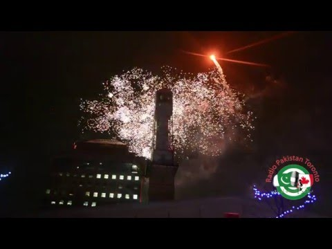 New Year 2016 Fireworks - Mississauga Celebration Square!
