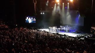 C2C 2018 - Dublin - Faith Hill announcement after Tim McGraw collapsed on stage
