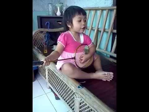video lucu anak nyanyi lagu sayang