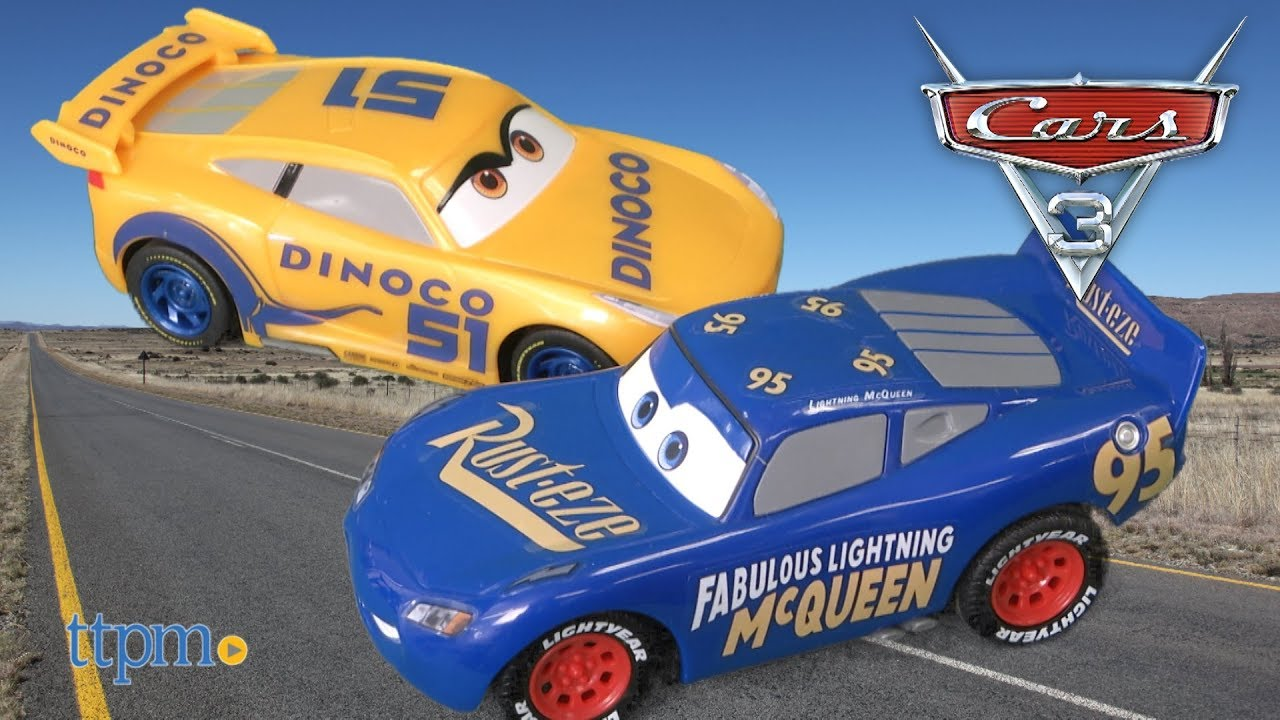 Cars 3 Rust Eze Cruz Ramirez And Fabulous Lightning Mcqueen Die