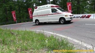 サイレン音を響かせ山岳道路を緊急走行する救急車 Part 1 - 佐久広域消防本部