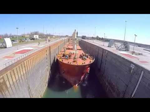 Dwight D. Eisenhower Lock - Timelapse