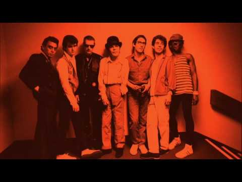 IAN DURY & THE BLOCKHEADS Queen Mary's College London 10th December 1977