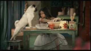 Latest Vodafone India Ad - Everyday I Want To Fly 05 (June 2009 - Baking)