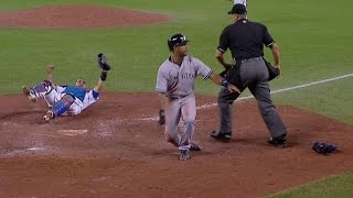 NYY@TOR: Bautista cuts down Young from deep right