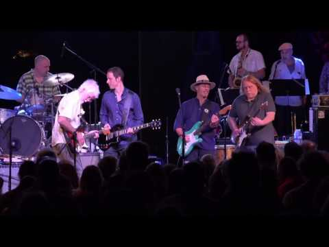 Little Feat - Jamaica 2017 - Let It Roll with Warren Haynes and Miles Tackett