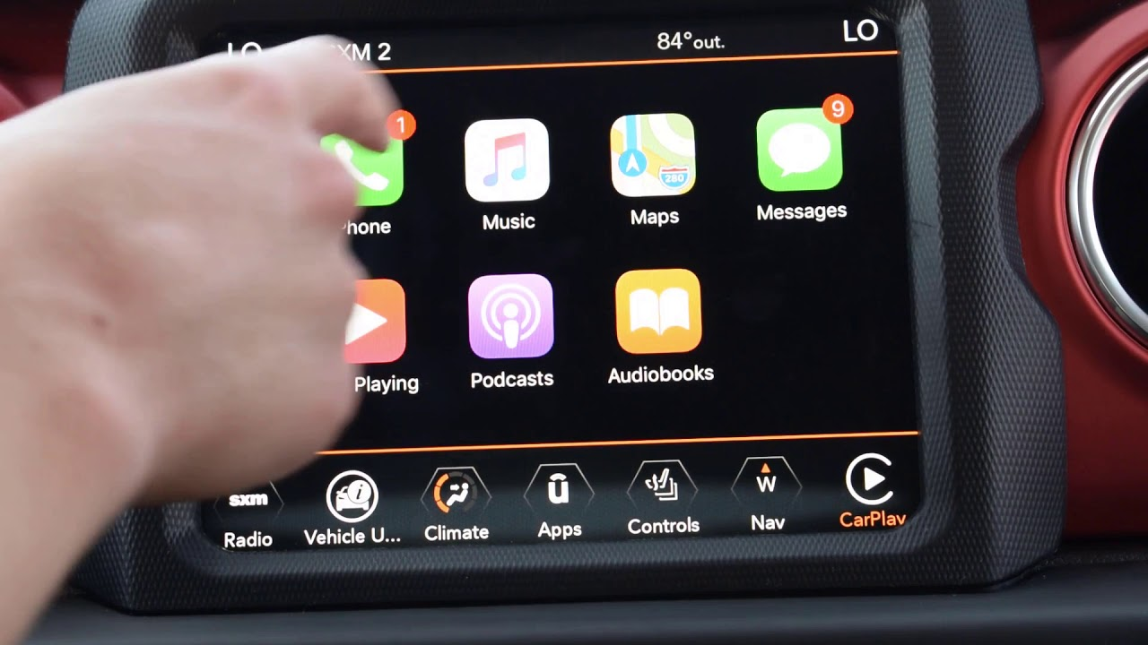 How To Use Apple Carplay In A New Jl Jeep Wrangler Youtube