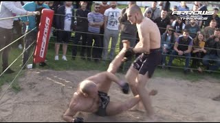 2 Street Fighters vs MMA Pro Fighter